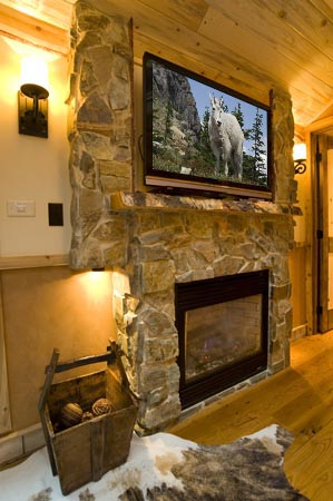 Fireplace and TV in GN 441